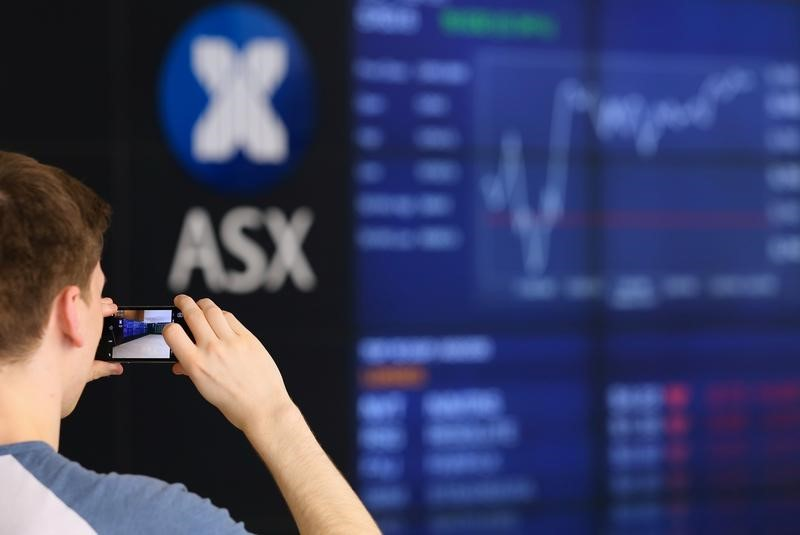 © Reuters.  Australia stocks higher at close of trade; S&P/ASX 200 up 0.62%